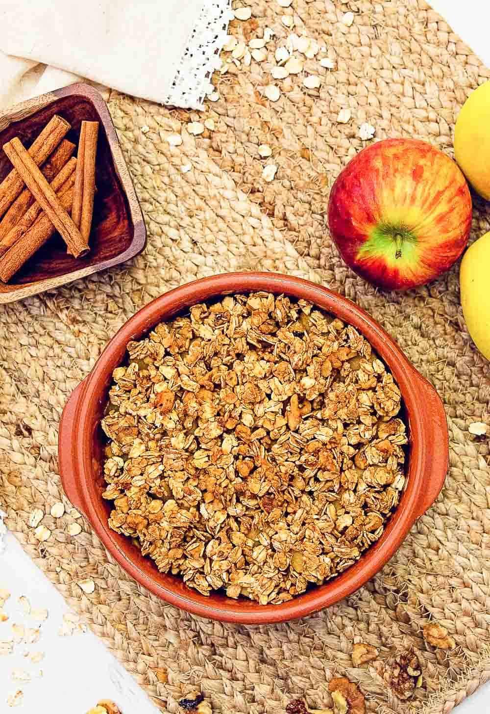 Apple Crisp, Apples, Crisp, whole food plant based, plant based, cinnamon, healthy, dessert