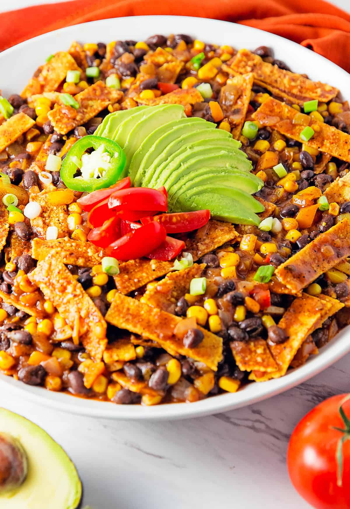 enchilada skillet, enchilada, enchiladas, tortillas, recipe, enchilada recipe, enchilada skillet recipe, vegan, vegan recipe, whole food plant based recipe, whole food plant based, vegetarian, vegetarian recipe, gluten free, gluten free recipe, vegan dinner, vegan meals, vegetarian dinner, vegetarian meal, whole food plant based dinner, whole food plant based meal, gluten free dinner, gluten free meal, healthy, oil free, no oil, bell peppers, corn, black beans, enchilada sauce, peppers, tomato, quick dinner, fast dinner, entertaining, wfpb, dairy free, no dairy, traditional, Mexican, classic, delicious, the best, winter, fall, spring, summer, fast, easy, quick, simple, 30 minutes,