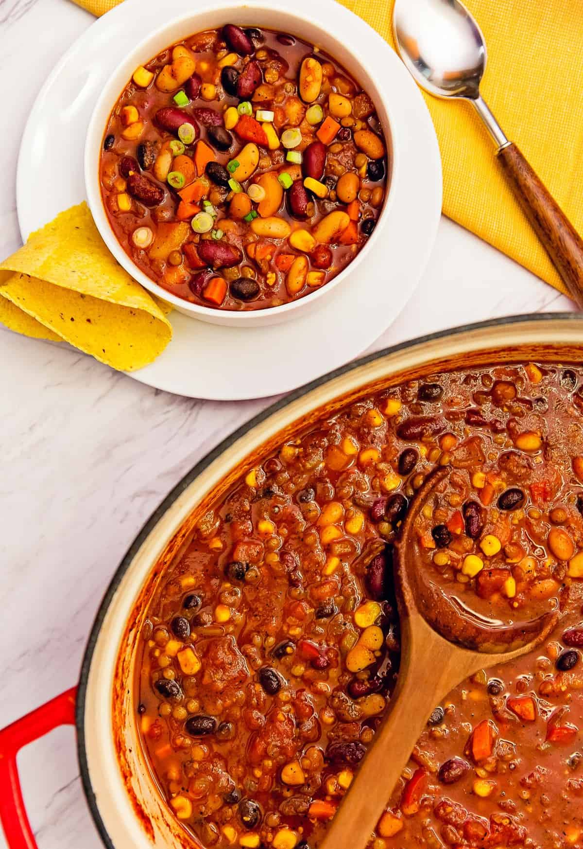 five bean chili, bean chili, chili, recipe, vegan, vegetarian, whole food plant based, wfpb, gluten free, oil free, refined sugar free, no oil, no refined sugar, no dairy, dinner, lunch, dinner party, entertaining, simple, healthy