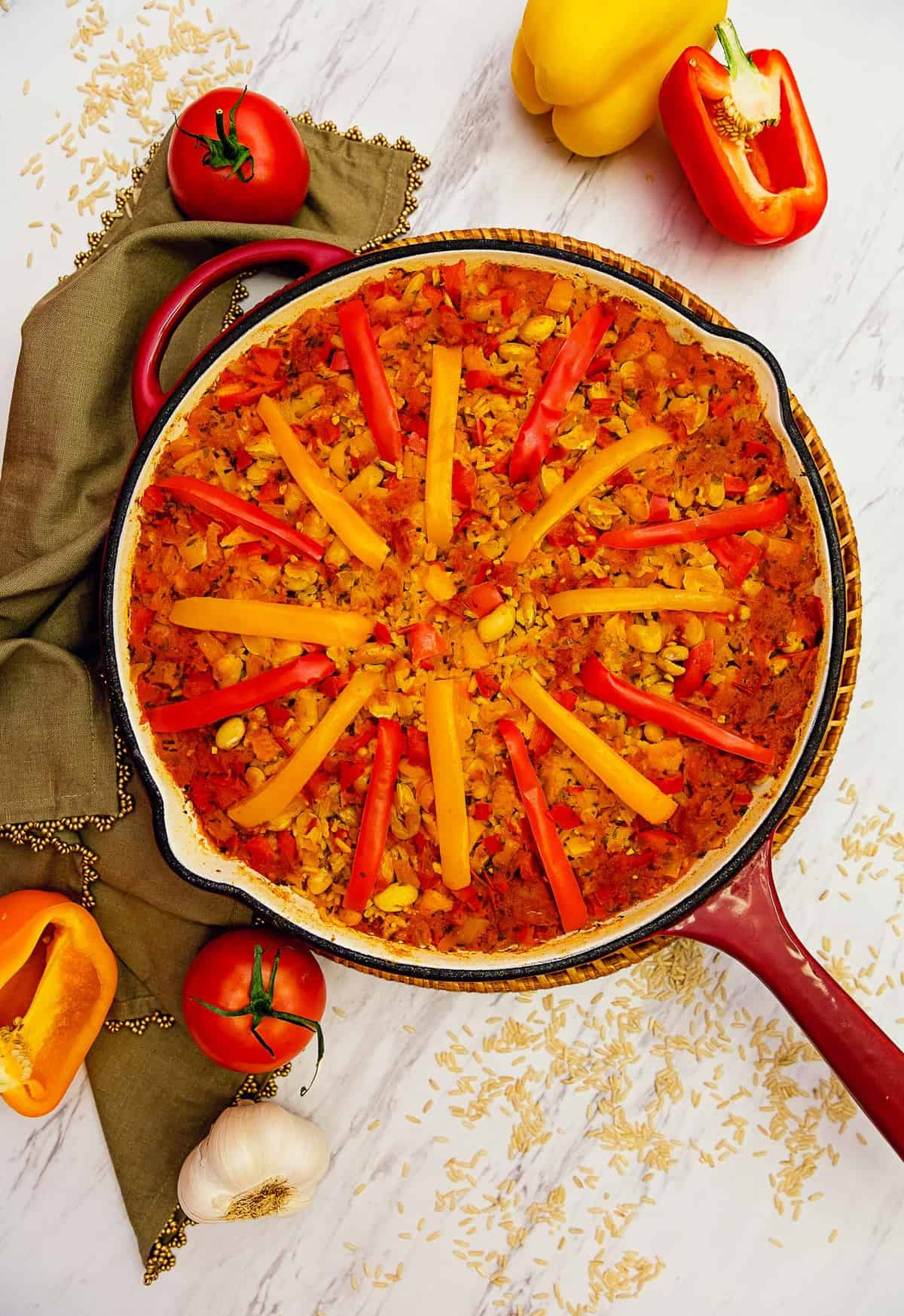 paella, vegan paella, vegetarian paella, whole food plant based paella, oil free paella, gluten free paella, paella recipe, recipe, vegan, vegetarian, whole food plant based, gluten free, oil free, dairy free, wfpb, dinner, lunch, rice, brown rice, peppers, beans, easy, simple, healthy, side, side dish,