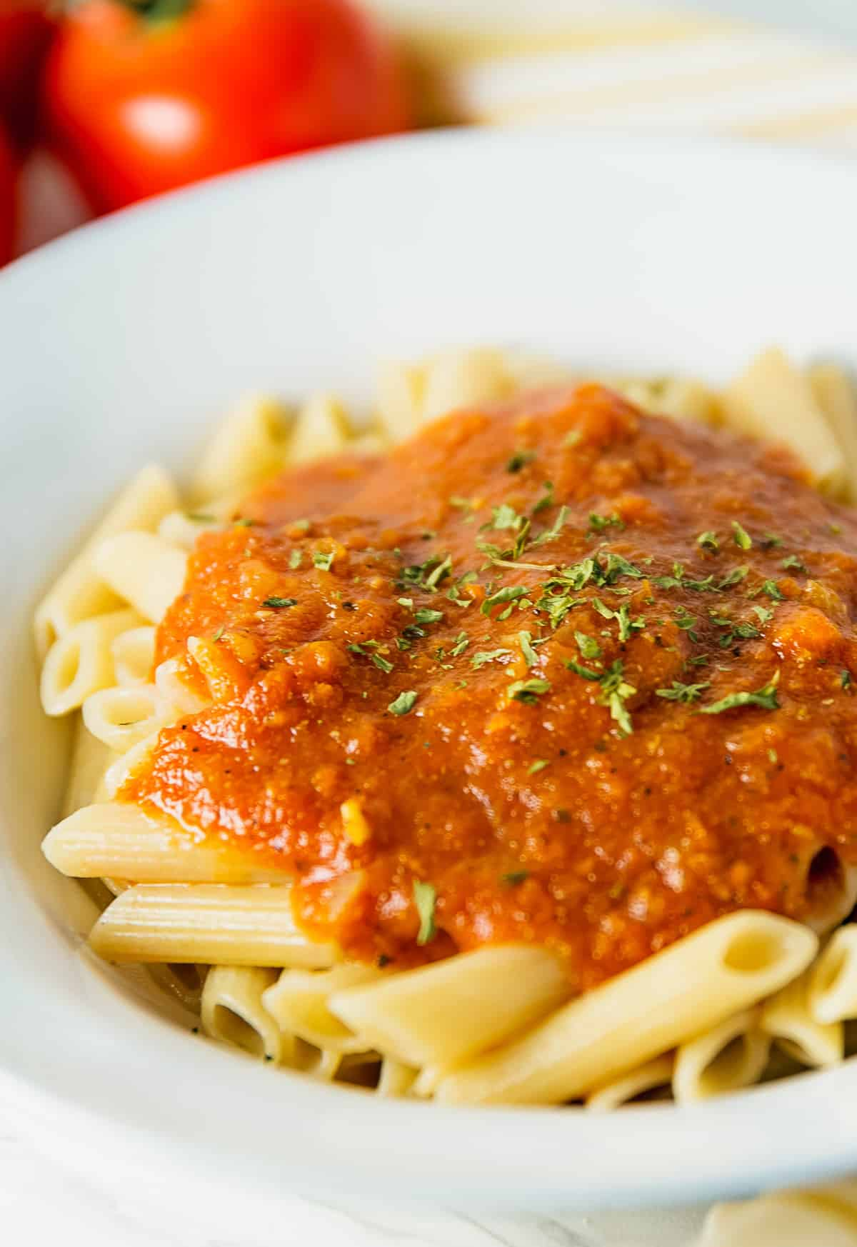 Italian pasta sauce, pasta sauce, marinara, red gravy, recipe, vegan, vegetarian, whole food plant based, wfpb, gluten free, oil free, refined sugar free, no oil, no refined sugar, no dairy, dinner, lunch, dinner party, entertaining, simple, healthy