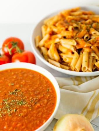 Italian pasta sauce, pasta sauce, marinara, red gravy, recipe, vegan, vegetarian, whole food plant based, wfpb, gluten free, oil free, refined sugar free, no oil, no refined sugar, no dairy, dinner, lunch, dinner party, entertaining, simple, healthy