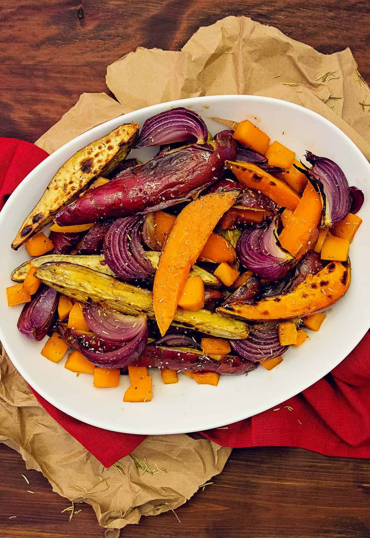 oven roasted rosemary root vegetables, oven roasted, root vegetables, veggies, rosemary, rosemary vegetables, whole food plant based, plant based, vegan, vegetarian, vegan side dish, vegetarian side dish, side, sides, side dish, oil free, no oil, refined sugar free, sweet potatoes, potatoes, Japanese sweet potatoes, butternut squash, squash, gluten free, quick, easy, fast