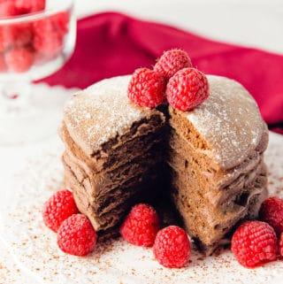 chocolate pancakes, pancakes, chocolate, vegan, vegetarian, whole food plant based, gluten free, recipe, wfpb, healthy, oil free, no refined sugar, no oil, refined sugar free, breakfast, dessert, easy, fast, quick, dairy free