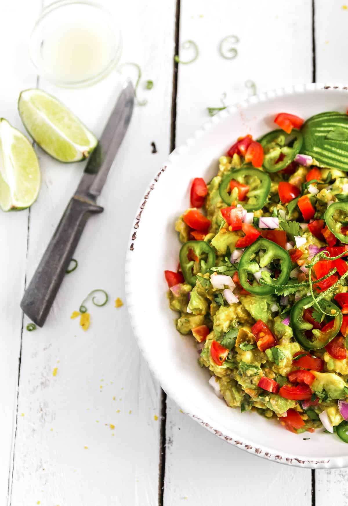 Guacamole, plant based, vegan, vegetarian, whole food plant based, gluten free, recipe, wfpb, healthy, healthy vegan, oil free, no refined sugar, no oil, refined sugar free, dairy free, appetizer, snack, avocados, dip, salsa