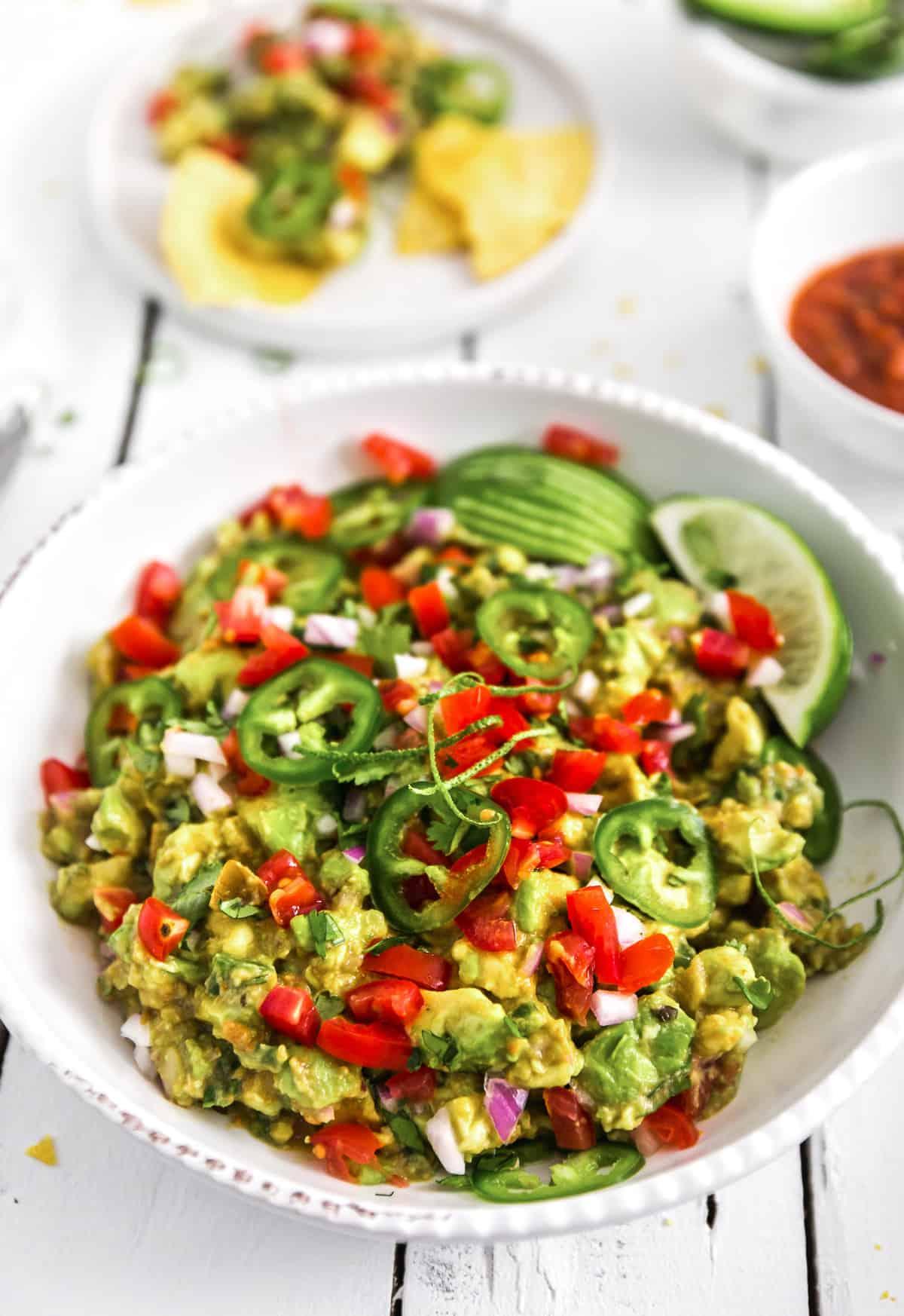 Guacamole, plant based, vegan, vegetarian, whole food plant based, gluten free, recipe, wfpb, healthy, healthy vegan, oil free, no refined sugar, no oil, refined sugar free, dairy free, appetizer, snack, avocados, dip, salsa