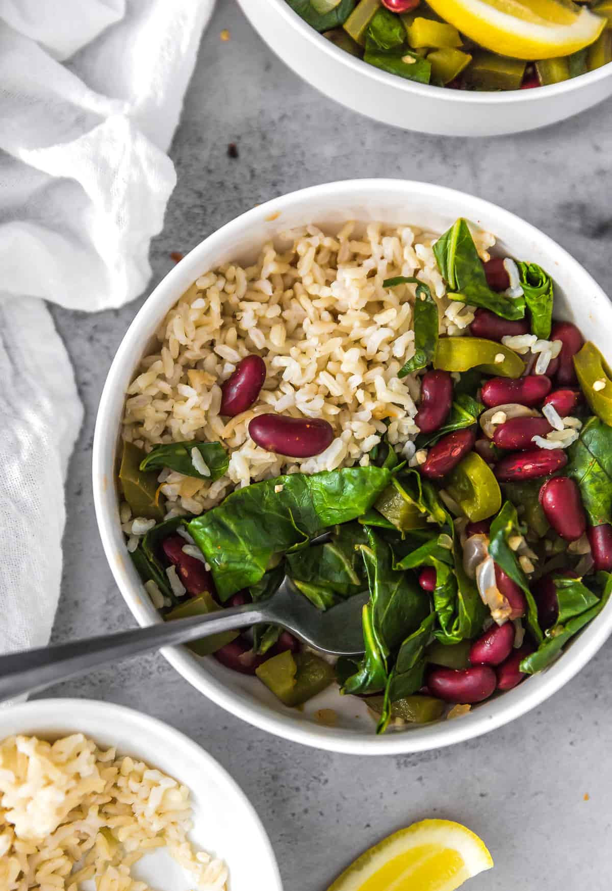 Southern Collard Greens, collard greens, plant based, vegan, vegetarian, whole food plant based, gluten free, recipe, wfpb, healthy, healthy vegan, oil free, no refined sugar, no oil, refined sugar free, dairy free, dinner, lunch, beans, legumes, greens
