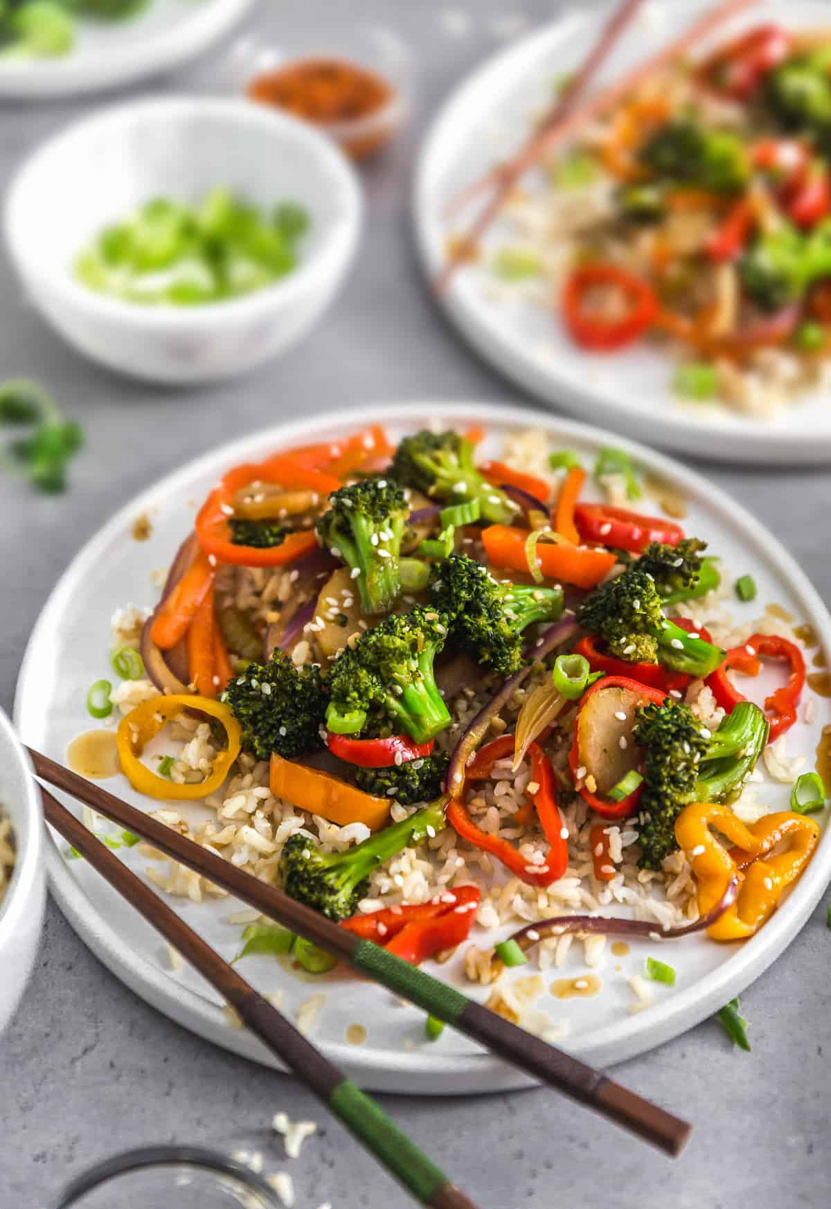 Asian Veggie Stir Fry, plant based, vegan, vegetarian, whole food plant based, gluten free, recipe, wfpb, healthy, healthy vegan, oil free, no refined sugar, no oil, refined sugar free, dairy free, veggies, vegetables, stir fry, dinner, rice, Asian recipes, menu, plant based menu, vegan menu, weekly menu, meal plan, vegan meal plan, plant based meal plan