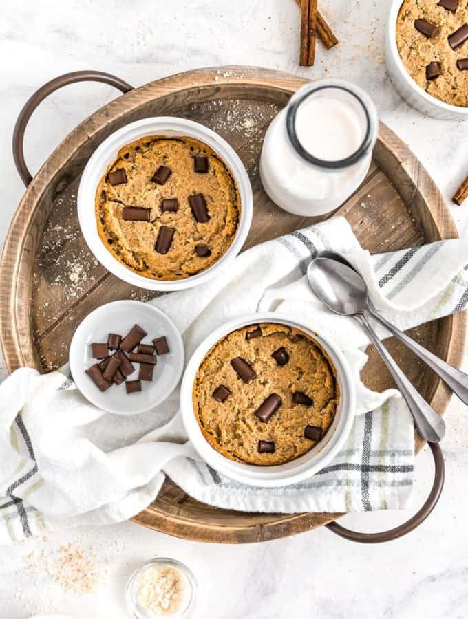 Caramel Chocolate Deep Dish Cookie, vegan cookie, vegan chocolate, vegan dessert, plant based, vegan, vegetarian, whole food plant based, gluten free, recipe, wfpb, healthy, healthy vegan, oil free, no refined sugar, no oil, refined sugar free, dairy free, chocolate, chocolate chips, deep dish cookie, skillet cookie, vegan skillet cookie, treats, sweets, desserts, caramel, vegan caramel