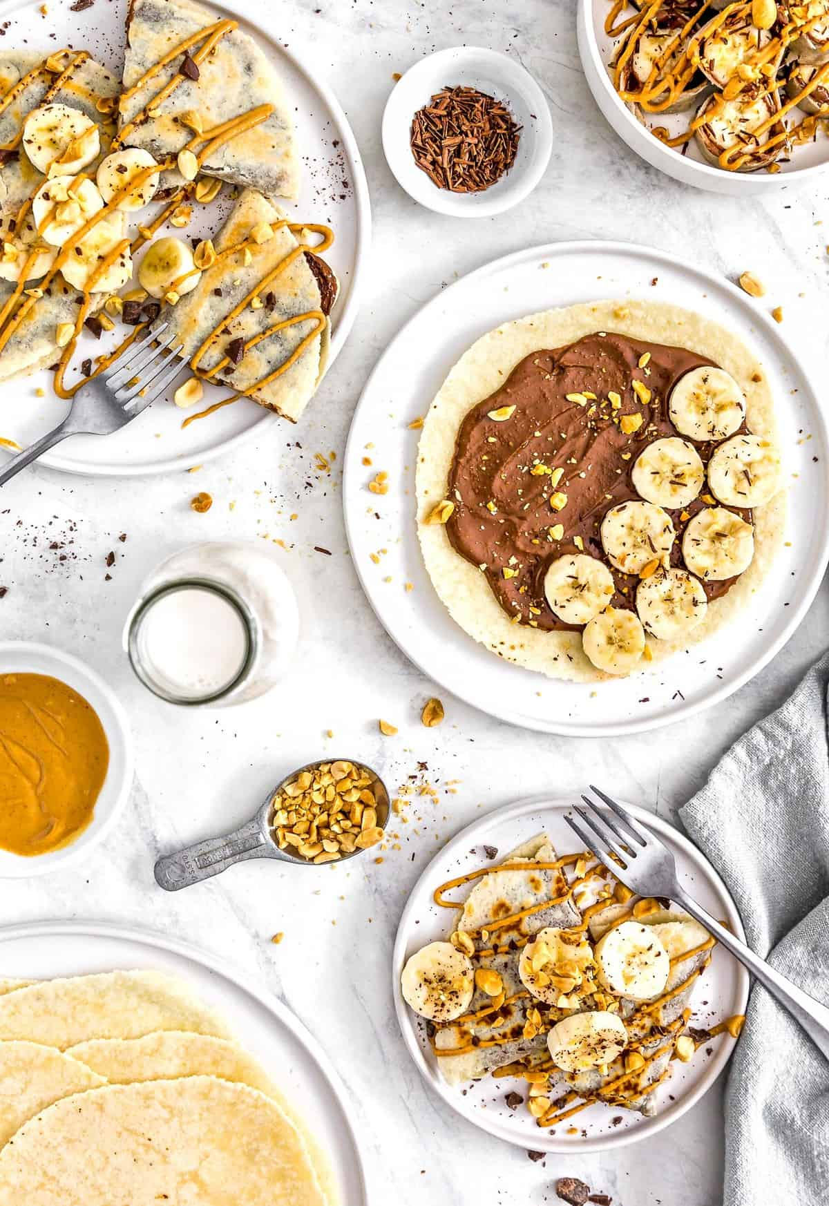 Chocolate Peanut Butter Banana Wrap, vegan wrap, vegan chocolate, vegan dessert, plant based, vegan, vegetarian, whole food plant based, gluten free, recipe, wfpb, healthy, healthy vegan, oil free, no refined sugar, no oil, refined sugar free, dairy free, chocolate, chocolate chips, peanut butter, banana, treats, sweets, desserts, fast recipe, easy recipe