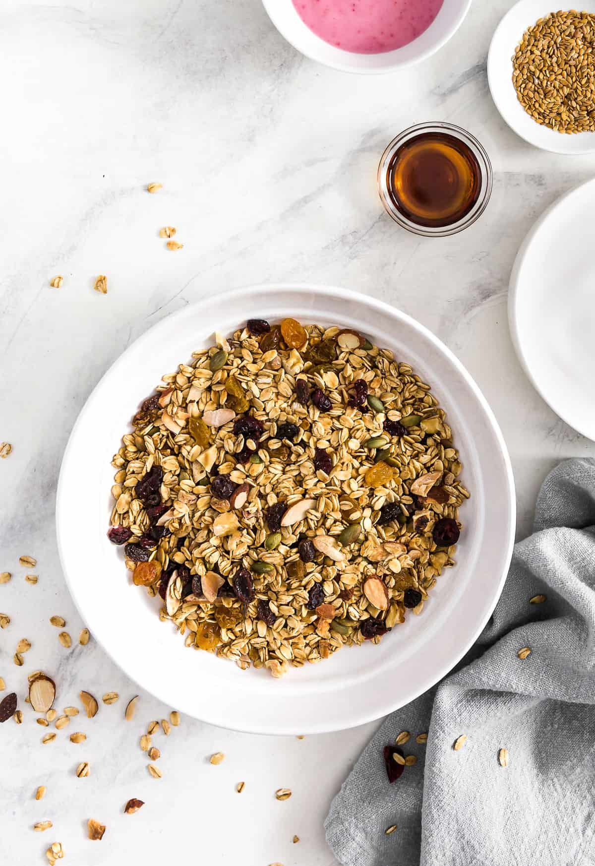 Vegan Muesli, Vegan breakfast, vegan oat breakfast, oat breakfast, muesli, oats, plant based breakfast, plant based, vegan, vegetarian, whole food plant based, gluten free, recipe, wfpb, healthy, healthy vegan, oil free, no refined sugar, no oil, refined sugar free, dairy free, dairy, dinner, lunch, healthy recipe,