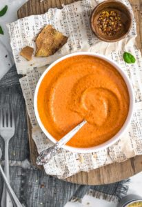 Fast and Easy Romesco Sauce, vegan sauce, vegan romesco, plant based romesco, plant based, vegan, vegetarian, whole food plant based, gluten free, recipe, wfpb, healthy, healthy vegan, oil free, no refined sugar, no oil, refined sugar free, dairy free, dinner party, entertaining, dinner, lunch, pasta, pasta sauce, sauce, pepper sauce, peppers, fast recipe, easy recipe, quick recipe, 30 minute meal, 15 minute meal, 10 minute meal, dip, appetizer