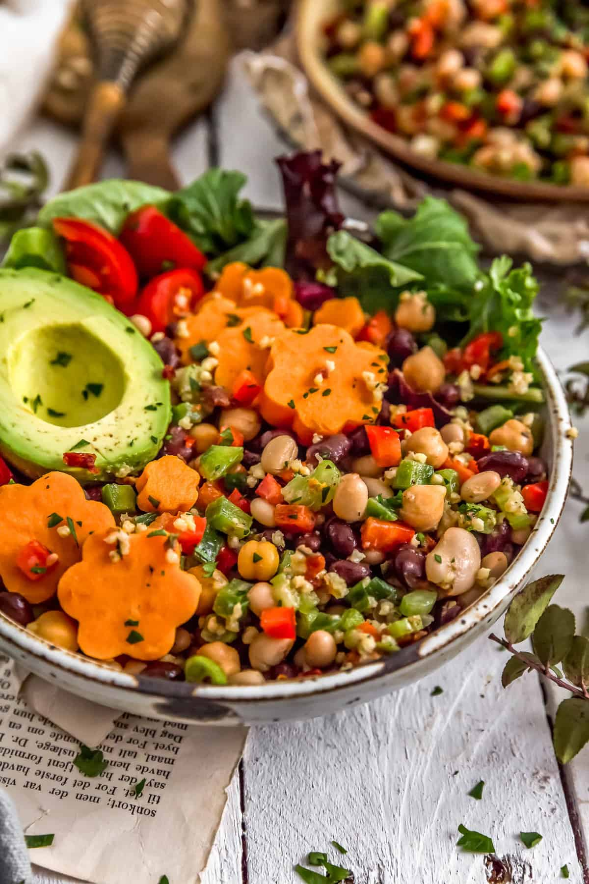 Veggie bowl with Tuscan Bean Salad