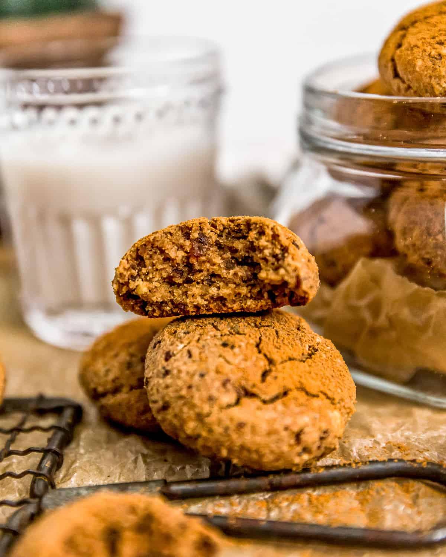 Eating a Healthy Vegan Cinnamon Crinkle Cookie