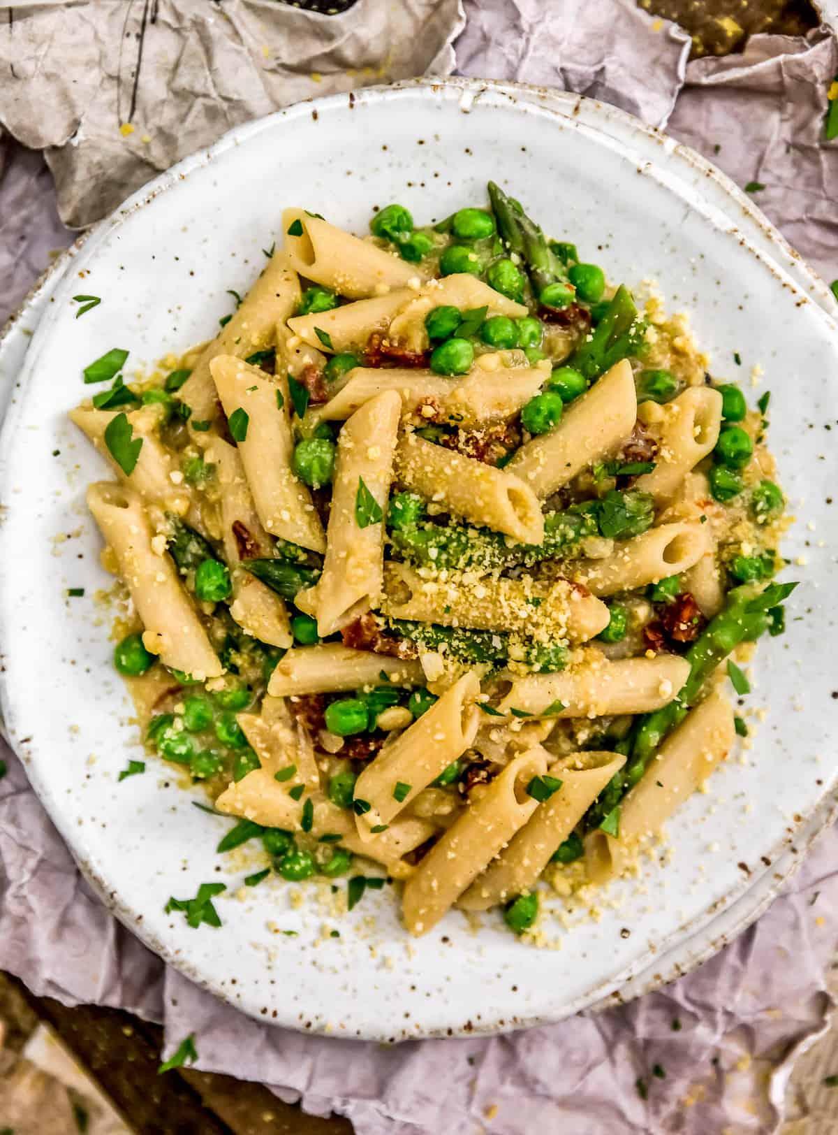 Plate of Vegan Carbonara Pasta
