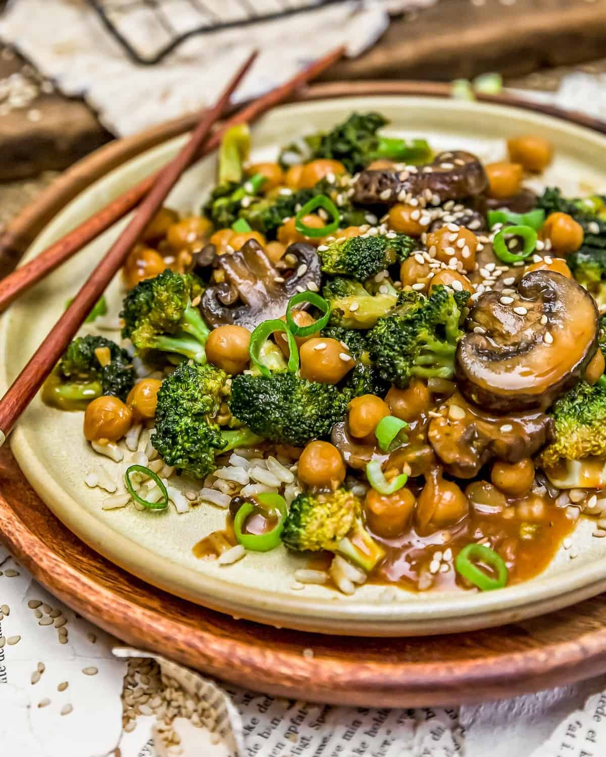 General Tso's Broccoli Mushroom Stir Fry