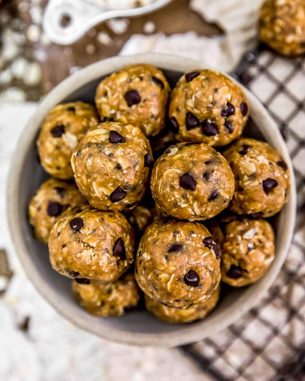 Bowl of Vegan No-Bake Lactation Cookies