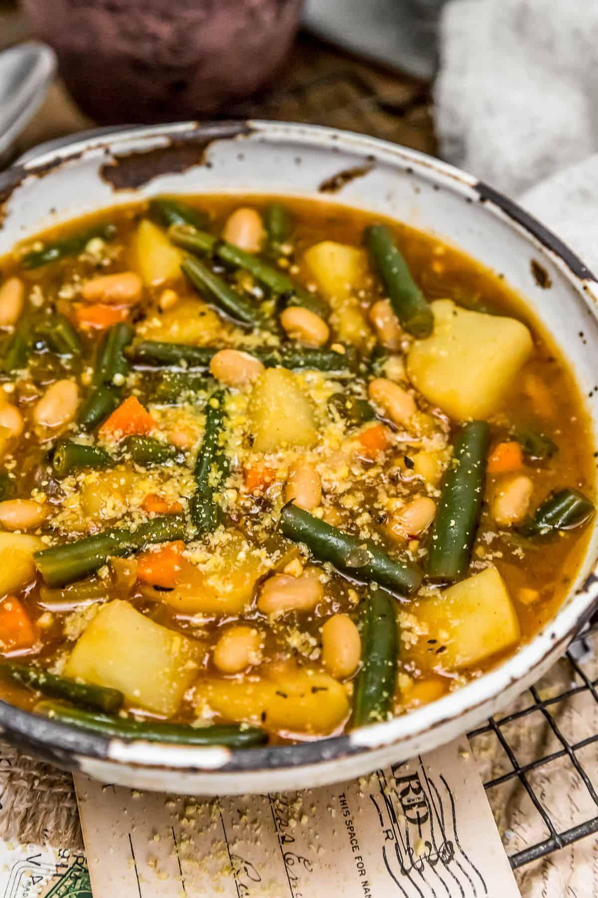 """Vegan """"Ham"""" Green Bean Potato Soup"""