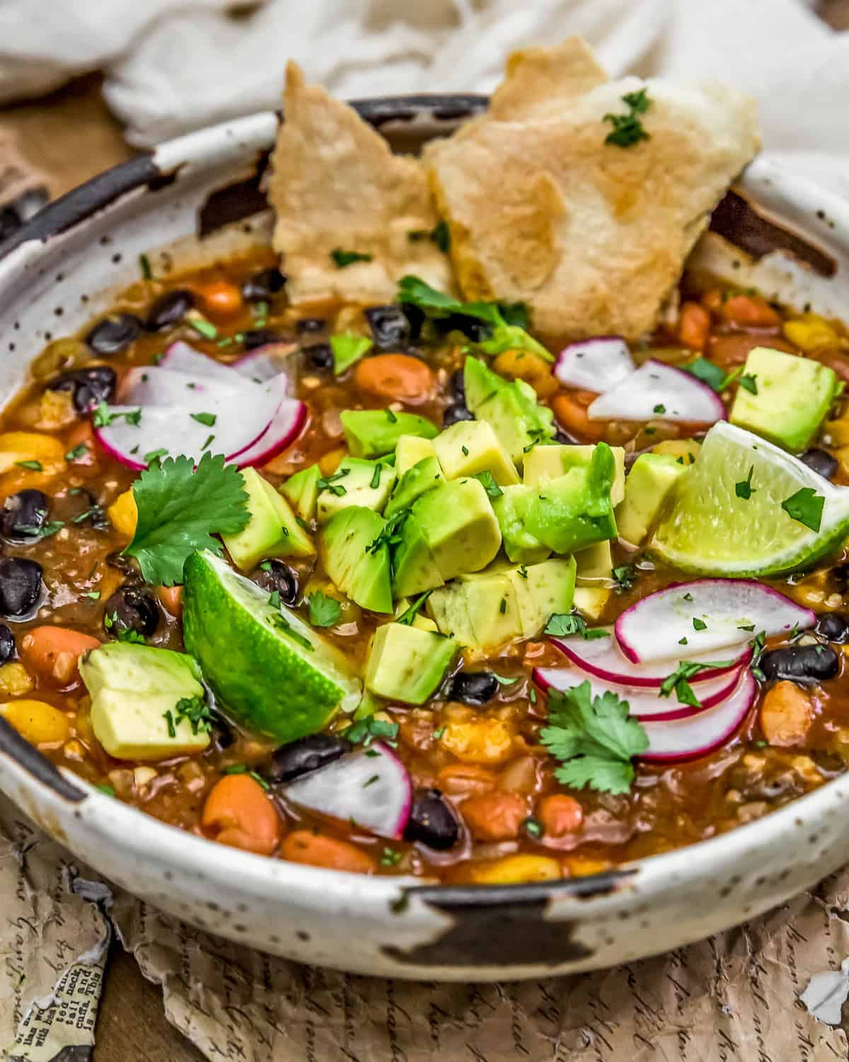 Easy Vegan Mexican Posole in a bowl