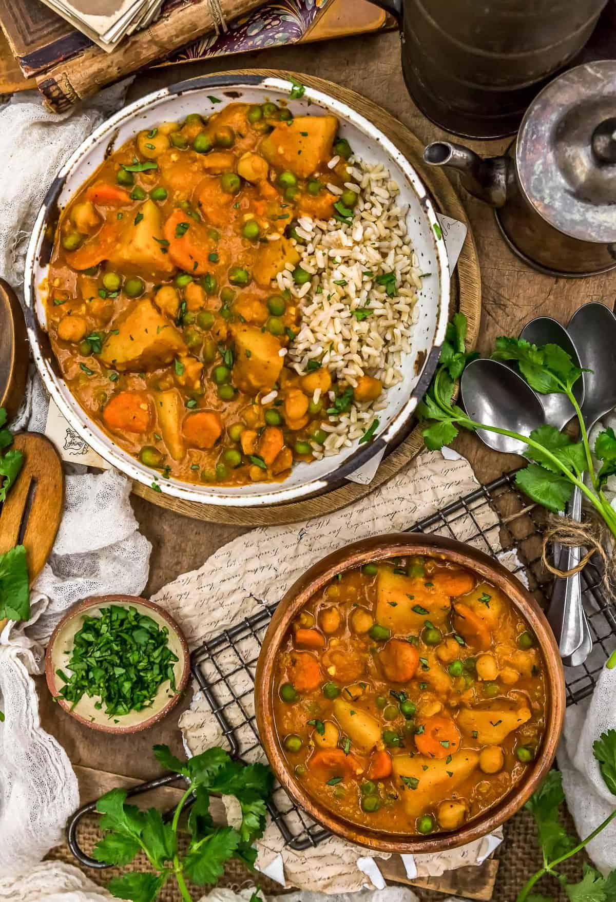 Tablescape of Thai Vegetable Massaman Curry