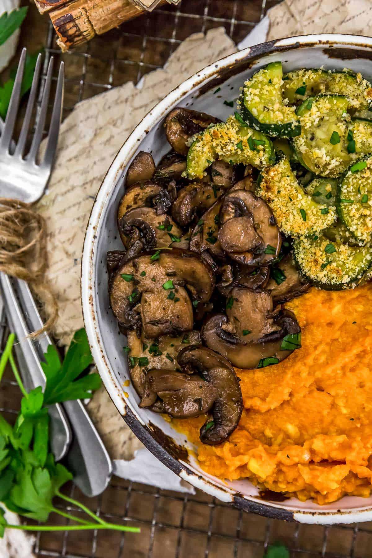 Simple Herbed Mushrooms in a veggie bowl