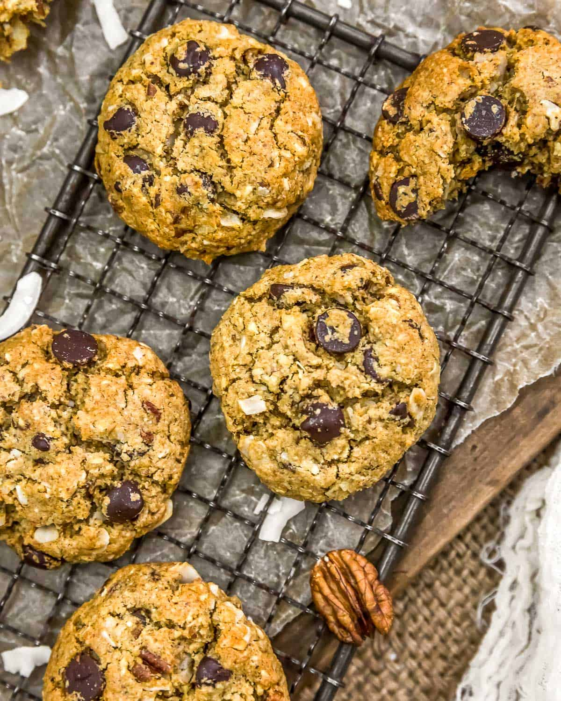 Cooling tray of VeganNeiman Marcus Cookies
